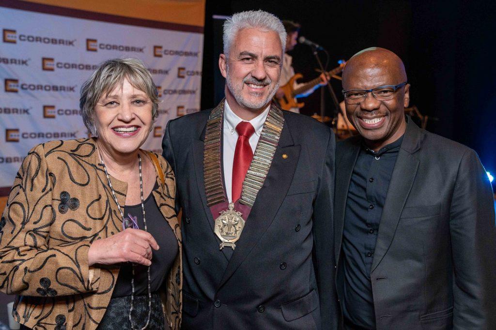 From left: Professor Ora Joubert, keynote speaker; incoming president of the SAIA KZN, Patrick Smith; and Musa Shangase of Corobrik. Image credit: SAIA
