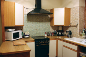 Edge banding machines are used by kitchen unit manufacturers among others. Image credit: Pixabay