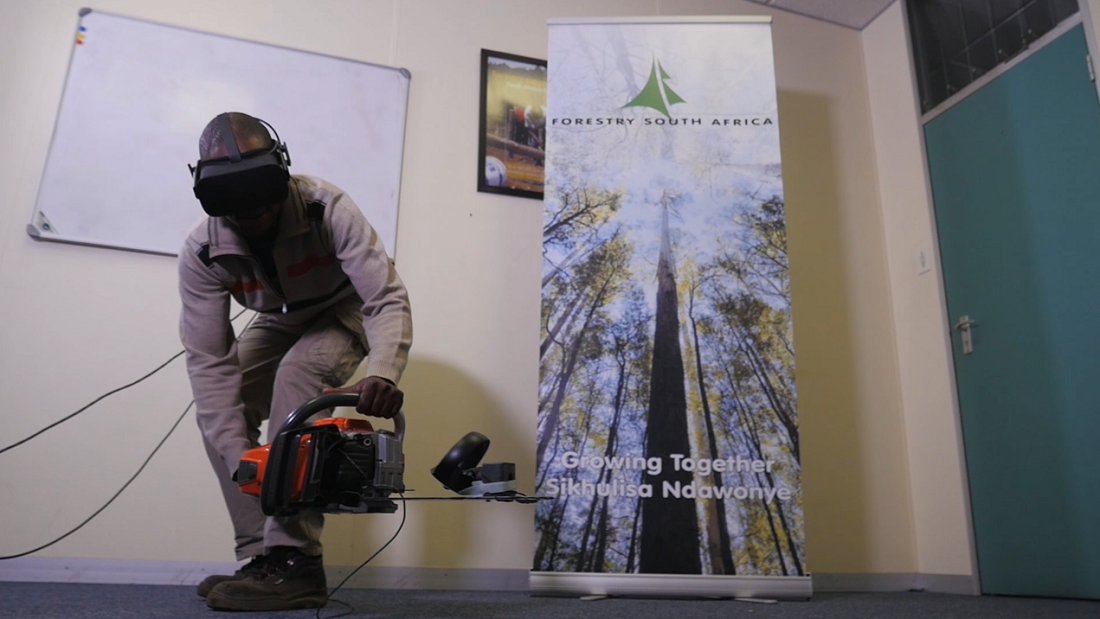 Chainsaw operators are able to receive safe training through the use of a virtual reality application. Image credit: Forestry South Africa