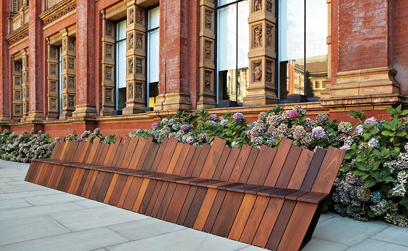 The Infinity bench was also made from a thermally modified hardwood.