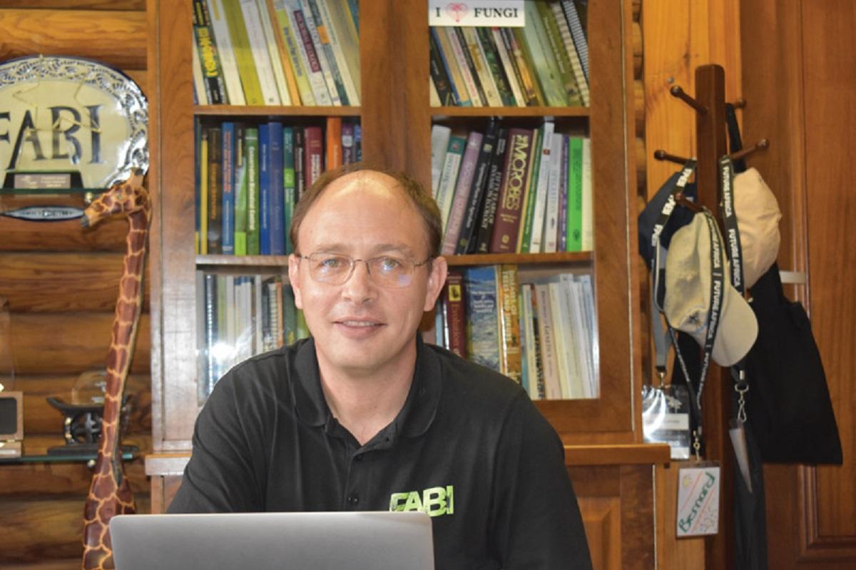 Professor Bernard Slipper,director at FABI