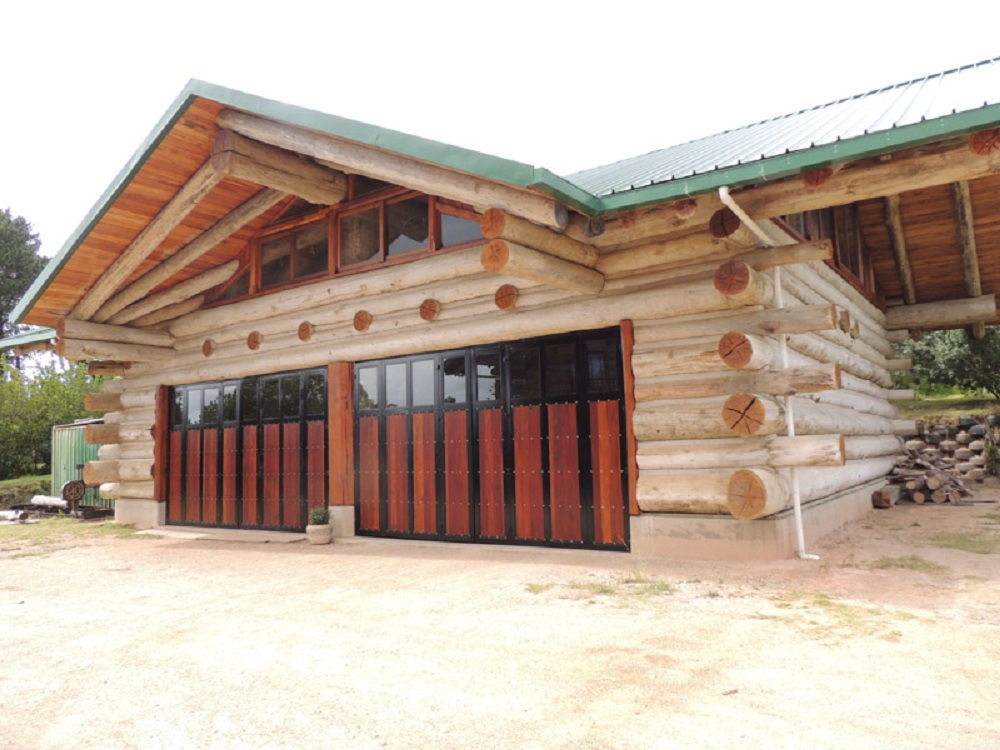 To finish the building, gable windows and doors where built